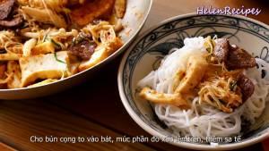 Đam Mê Ẩm Thực Cho-Bún-sợi-to-vào-bát-thêm-nhân-ăn-kèm-Sa-tế-và-chan-Nước-dùng-vào-bát-bún2-dammeamthuc.com_