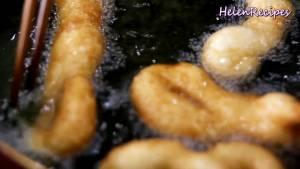 Đam Mê Ẩm Thực Cho-Dầu-ăn-vào-chảo-và-đun-nóng-già5-dammeamthuc.com_