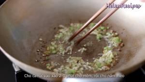 Đam Mê Ẩm Thực Cho-Hành-Boa-Rô-thái-nhỏ-vào-chảo-phi-vàng2-dammeamthuc.com_