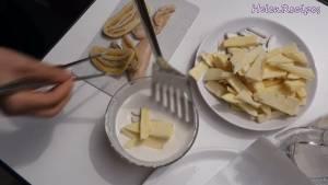 Đam Mê Ẩm Thực Cho-khoai-dừa-cắt-lát-chuối-nhúng-vào-bột2-dammeamthuc.com_