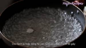 Đam Mê Ẩm Thực Hành-lá-rửa-sạch-cho-vào-nồi-nước-sôi-trần-trong-30-giây-dammeamthuc.com_