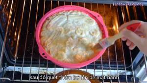 Đam Mê Ẩm Thực Sau-15-phút-cho-Bánh-ra-quết-đều-bơ-lên-bề-mặt-rồi-cho-vào-nướng2-dammeamthuc.com_
