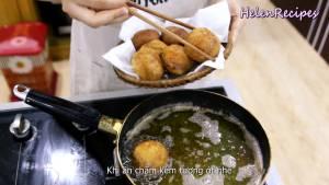 Đam Mê Ẩm Thực Sau-khi-chiên-xong-cho-ra-đĩa-có-lót-vài-lớp-giấy-ăn-dammeamthuc.com_