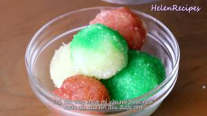 Đam Mê Ẩm Thực Sau-khi-hấp-chín-cho-Bánh-Khoai-Mì-và-Nước-cốt-dừa-vào-bát-dammeamthuc.com_