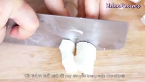 Đam Mê Ẩm Thực Sau-khi-ngâm-loại-bỏ-phần-xơ-ở-lõi-bào-nhuyễn-Khoai-mì3-dammeamthuc.com_
