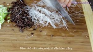 Đam Mê Ẩm Thực Sau-khi-ngâm-xong-Mộc-nhĩ-Miến-2-tbsp-Hành-tím2-dammeamthuc.com_