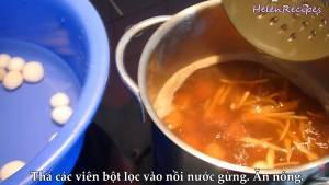 Đam Mê Ẩm Thực Sau-khi-viên-bột-đã-trong-vớt-vào-nồi-nước-đường-và-khuấy-đều2-dammeamthuc.com_