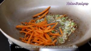 Đam Mê Ẩm Thực Thêm-Cà-Rốt-bào-sợi-vào-xào-trong-2-3-phút-cho-mềm-dammeamthuc.com_