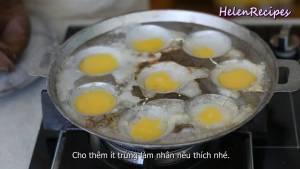 Đam Mê Ẩm Thực Thoa-chút-Dầu-ăn-vào-từng-lỗ-khuôn4-dammeamthuc.com_