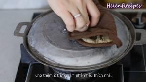 Đam Mê Ẩm Thực Thoa-chút-Dầu-ăn-vào-từng-lỗ-khuôn5-dammeamthuc.com_