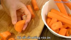 Đam Mê Ẩm Thực Cà-Rốt-loại-bỏ-vỏ-cắt-miếng-vừa-ăn2-dammeamthuc.com_