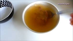 Đam Mê Ẩm Thực Cho-2-tbsp-Mắm-Ruốc-1-cup-Nước-vào-bát3-dammeamthuc.com_