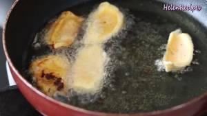 Đam Mê Ẩm Thực Cho-Dầu-ăn-vào-chảo-và-đun-nóng-già-với-lửa-vừa4-dammeamthuc.com_