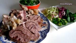 Đam Mê Ẩm Thực Cho-bún-Thịt-bò-giò-Heo-vào-bát.-Thêm-nước-dùng-dammeamthuc.com_