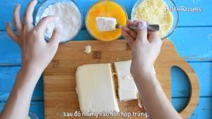 Đam Mê Ẩm Thực Lăn-miếng-Sữa-qua-lớp-Bột-mì-nhúng-vào-hỗn-hợp-trứng3-dammeamthuc.com_