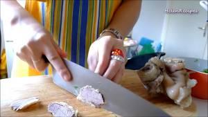 Đam Mê Ẩm Thực Sau-đó-thái-Thịt-Bò-và-Giò-Heo-thành-từng-miếng-vừa-ăn-dammeamthuc.com_