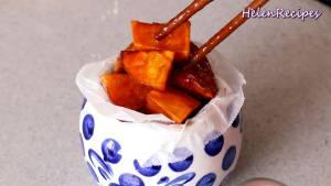 Đam Mê Ẩm Thực Sau-khi-xong-cho-Khoai-Lang-Ngào-Đường-ra-đĩa-và-thưởng-thức-dammeamthuc.com_