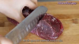 Đam Mê Ẩm Thực Thịt-Bò-cắt-ngang-thớ-thành-từng-lát-mỏng-to-bản-cho-ra-bát-dammeamthuc.com_